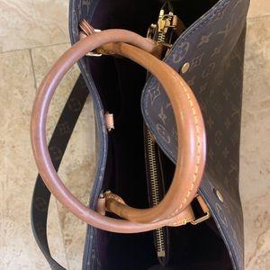 Louis Vuitton Bags - Louis Vuitton Montaigne GM bag